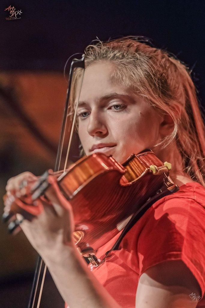"""The Violinistin"""